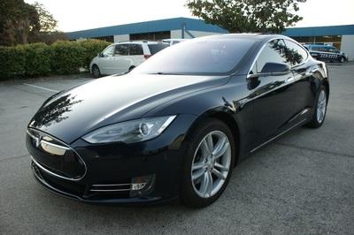 2014 Tesla Model S 85 kWh Battery
